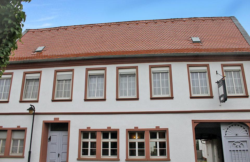 Flörsheim am Main: Pension & Eventlocation Tor zum Rheingau