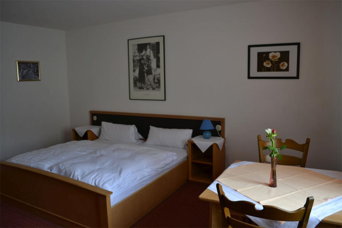 Eppstein: Hotel Zum Taunus