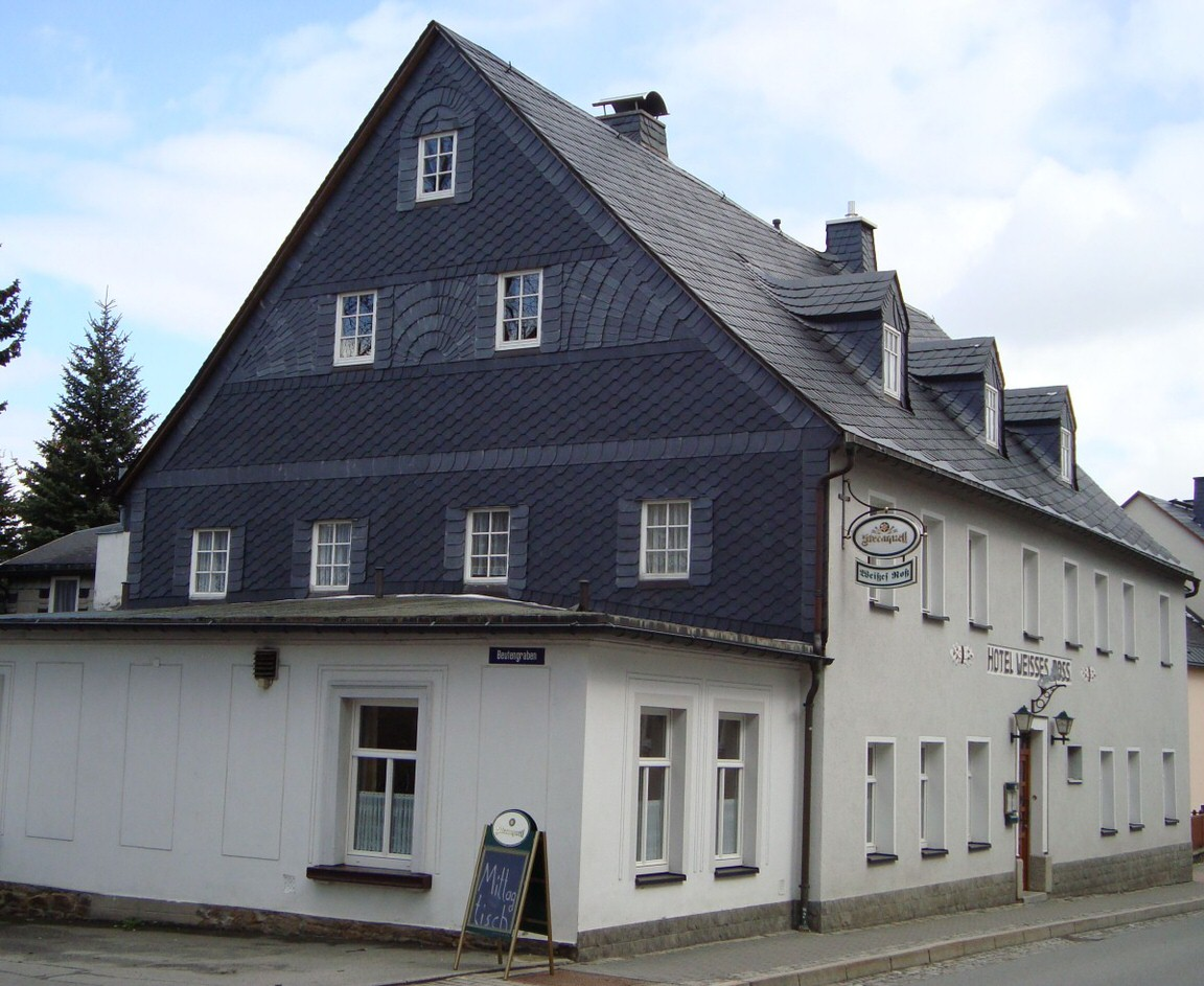 & Traditionsgaststätte Weißes Roß, Pension in Schlettau bei Mildenau