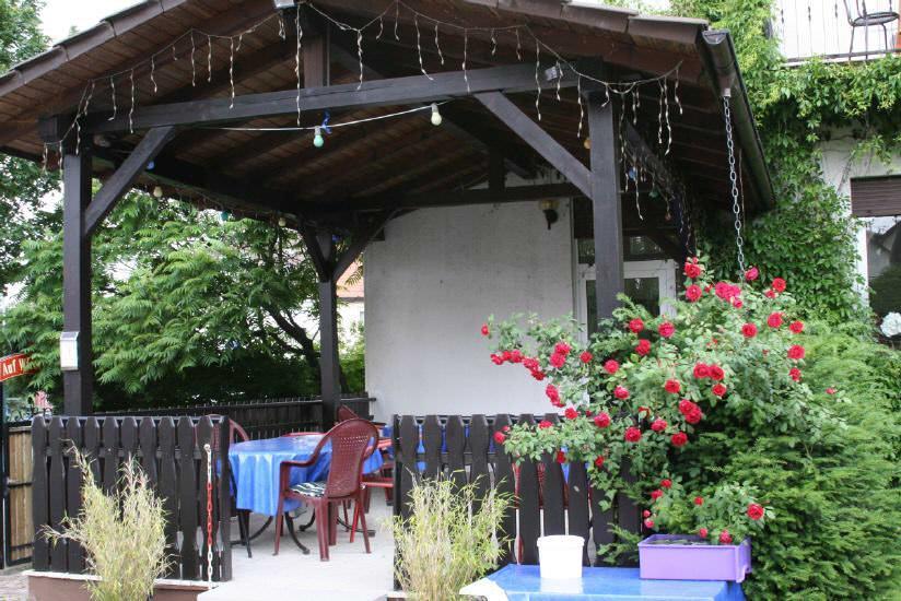 Gästehaus Pension Zur Bergstraße, 69493 Hirschberg-Leutershausen