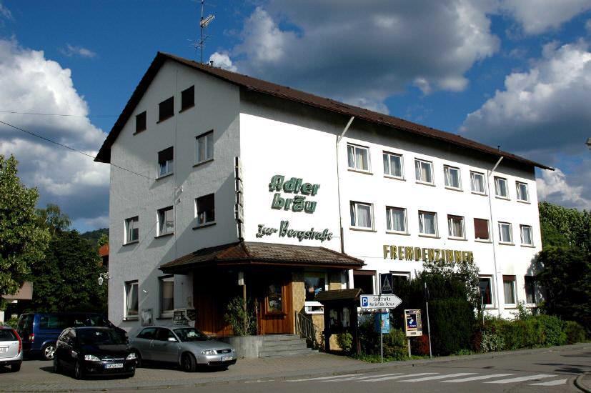 Gasthaus Pension Zur Bergstraße, 69493 Hirschberg-Leutershausen