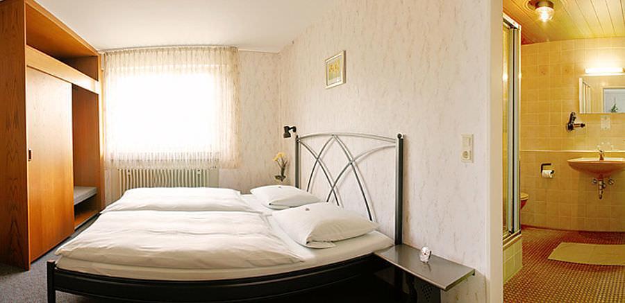 Stuttgart-Zuffenhausen: Hotel Garni Keinath