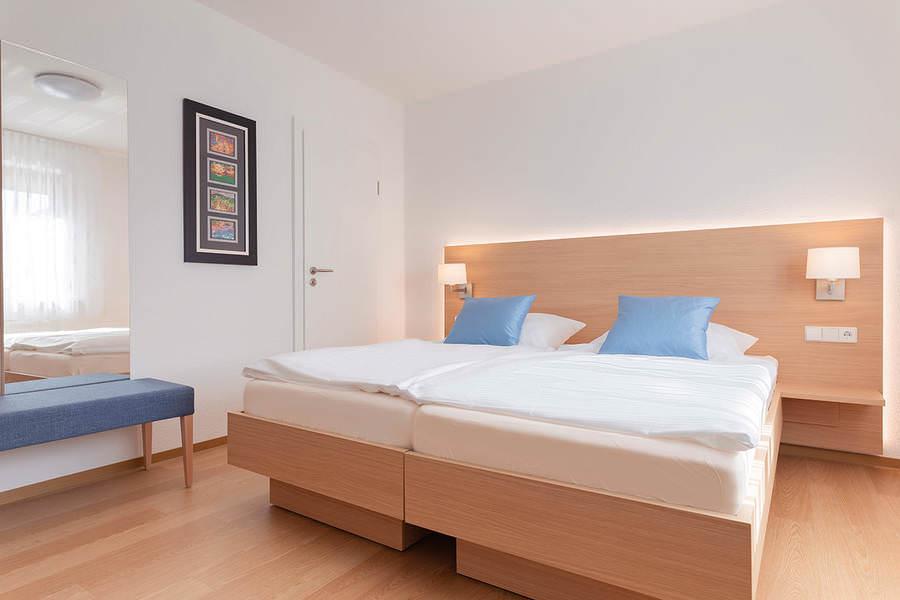 Remseck: Hotel Garni Gästehaus Hirsch