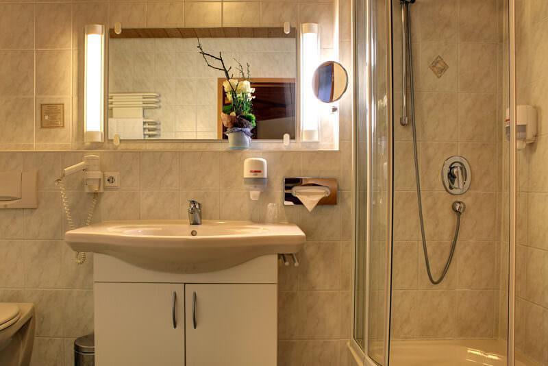 Hotel Garni Hotel Bruker GmbH, 71723 Großbottwar