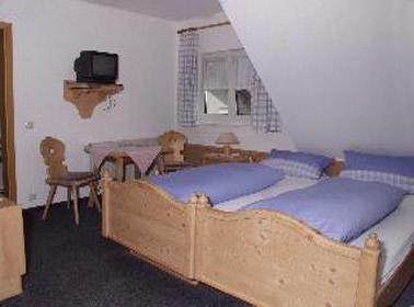 Gasthof Kreuz, Pension in Rainau bei Rosenberg