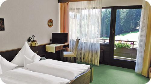Unterreichenbach-Kapfenhardt: Hotel Jägerhof