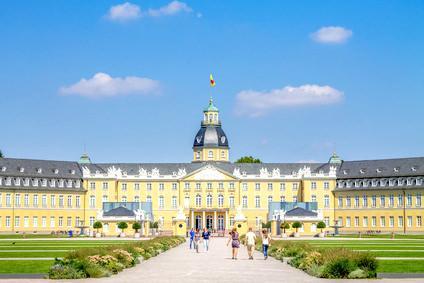 Touristinformation, Pension in Karlsruhe