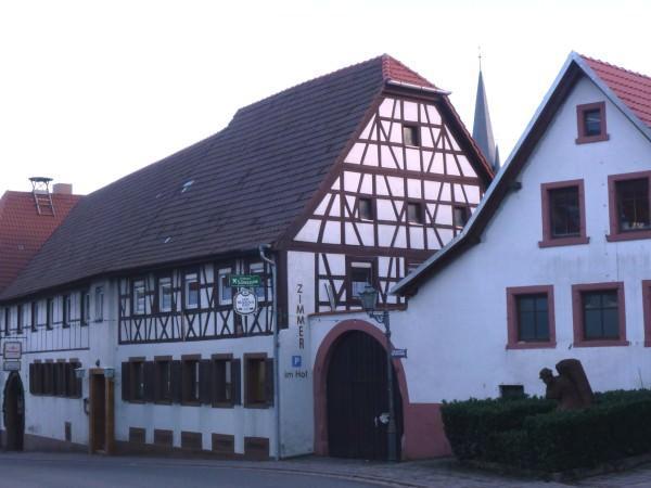 Monteurzimmer bei Gästehaus Zum Goldenen Löwen in Weingarten