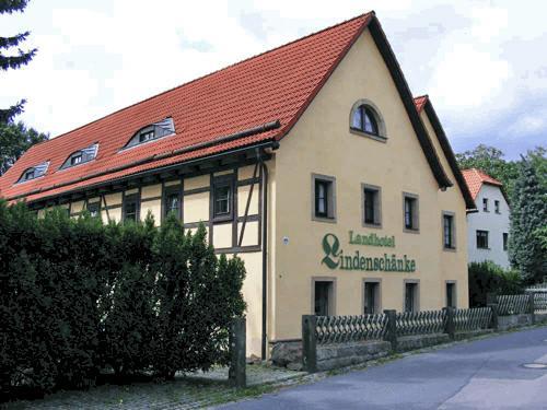 Dresden-Rockau:  Landhaus garni Lindenschänke