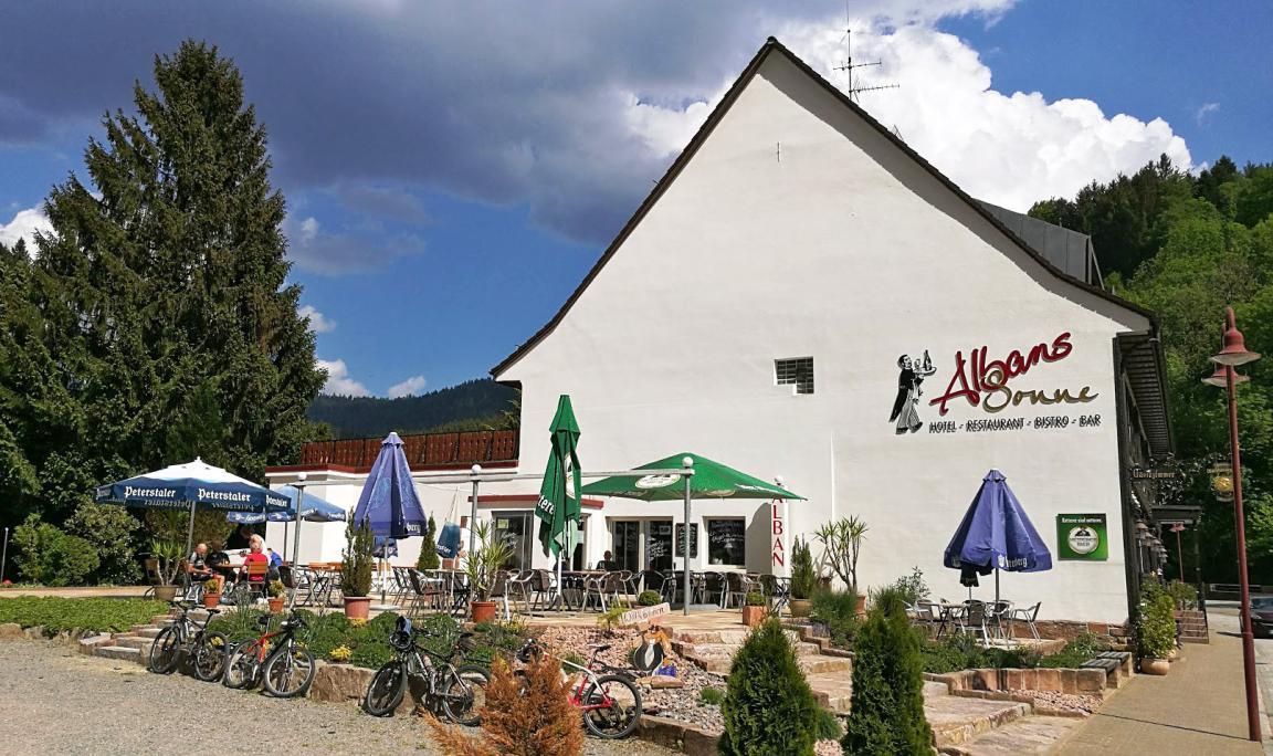 Bad Rippoldsau-Schapbach: Hotel Restaurant Bar Albans Sonne