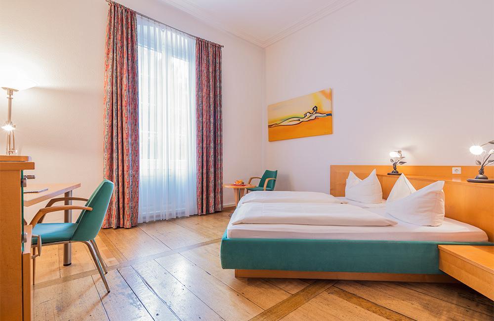 Freiburg im Breisgau: Hotel Garni Alleehaus