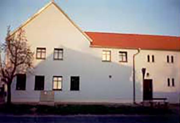 Hotel Zum Klosterhof & Pension Harzmann, Hotel in Jüterbog bei Beelitz