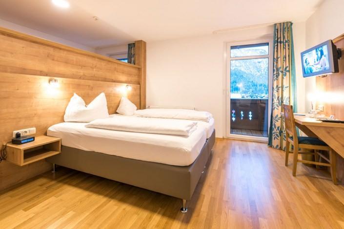 Hotel Garni Almenrausch & Edelweiß, Hotel in Garmisch-Partenkirchen bei Wessobrunn