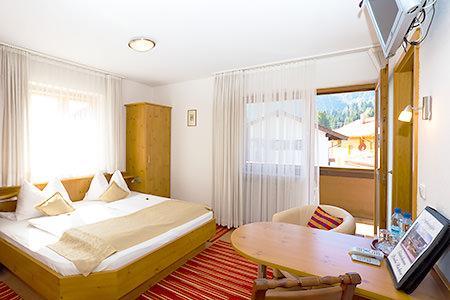 Gästehaus Richter , Monteurzimmer in Oberammergau bei Steingaden