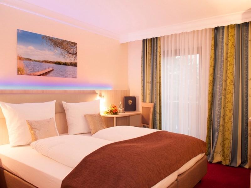 Aktiv- und Wellnesshotel Seeblick, Hotel in Bad Endorf bei Schnaitsee