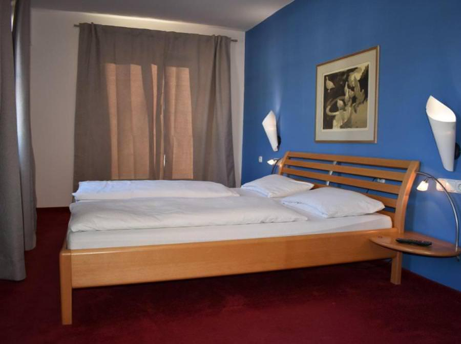 Pension und Cafe Purzelbaum, Pension in Amerang bei Seeon