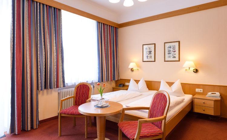 Bad Reichenhall: Hotel Garni Bergfried & Schönblick
