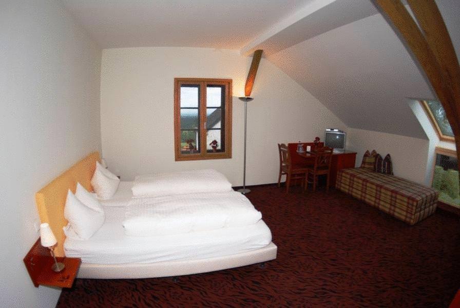 Gasthof Hotel Zur Schonen Aussicht Feldkirchen Westerham