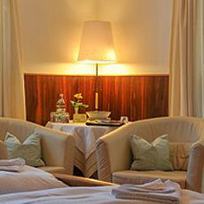 Bad Wiessee: Hotel garni Haus Kiefer