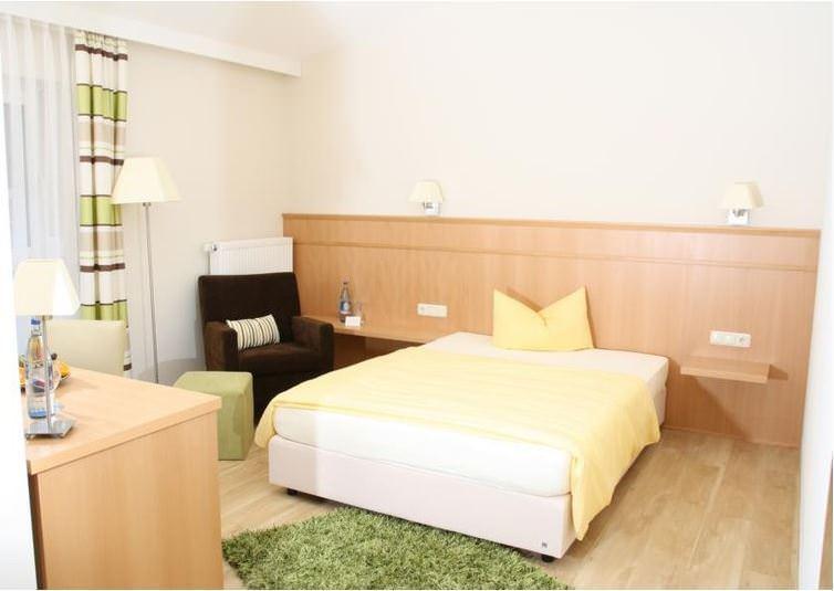 Hotel & Restaurant Inntalhof, Hotel in Kirchdorf am Inn bei Schnaitsee