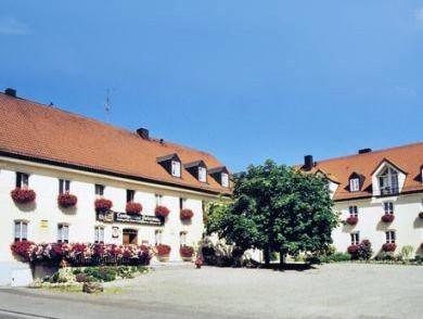 Petershausen: Landgasthof Ostermair