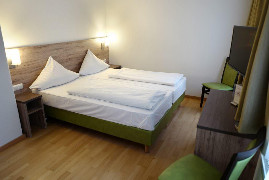 Gersthofen: Hotel & Gasthof Stern
