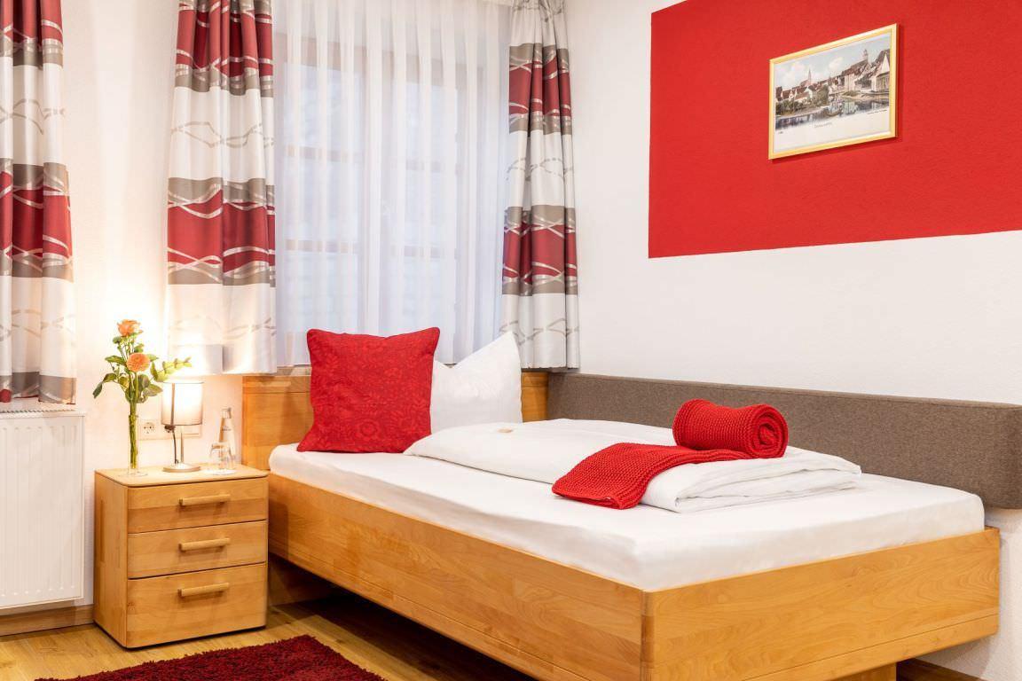 Donauwörth: Hotel & Gasthof Zum Goldenen Hirsch
