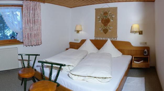 Ferienwohnungen Panorama, Ferienwohnung in Hirschegg bei Nonnenhorn