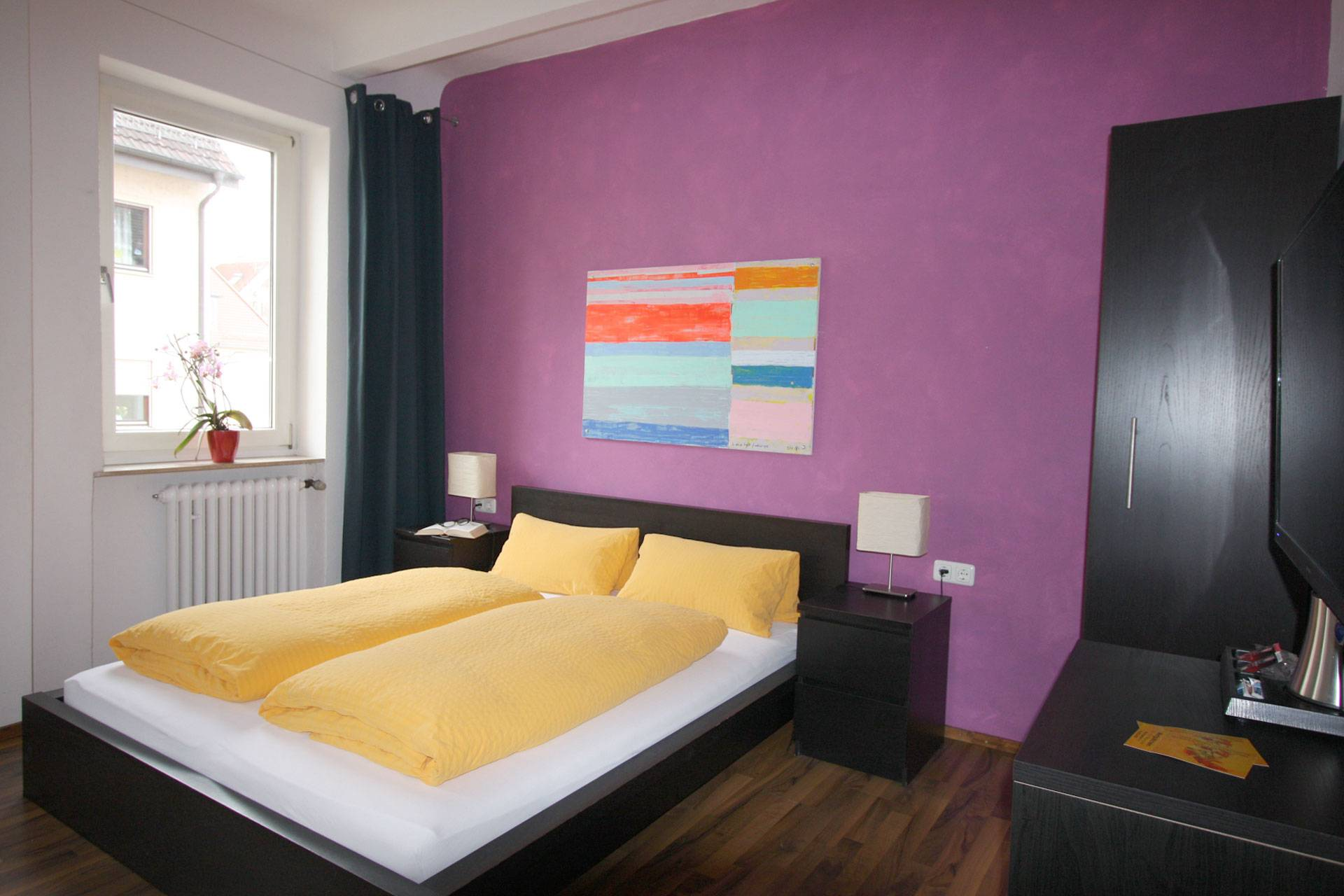 Stadthotel Kleiner Berg, Pension in Friedrichshafen