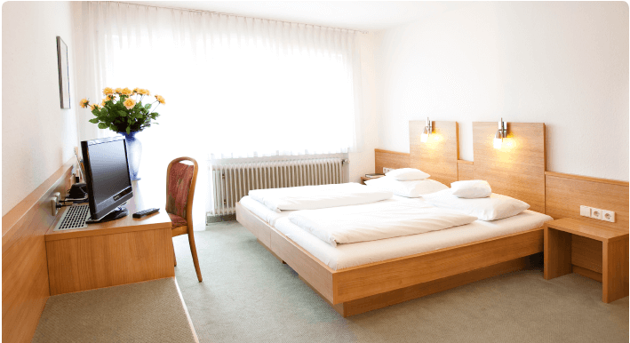 Ravensburg: Hotel & Gasthof Goldene Uhr
