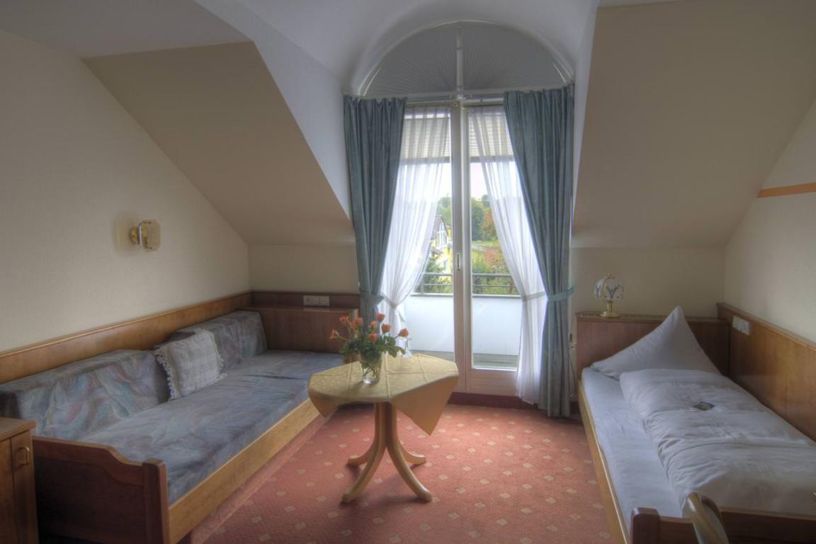 hotels in ravensburg g nstig ab 36 preiswert bernachten. Black Bedroom Furniture Sets. Home Design Ideas