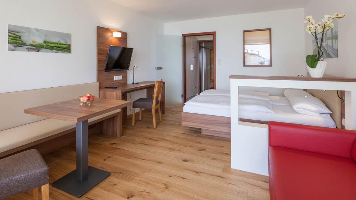 Gästehaus-Gasthaus & Restaurant Seeblick, Monteurzimmer in Hagnau bei Kressbronn