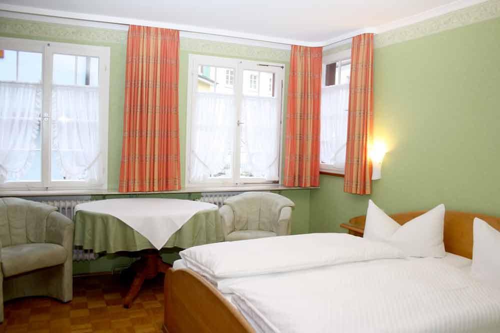 & Gasthof Zum Bären, Pension in Meersburg bei Konstanz