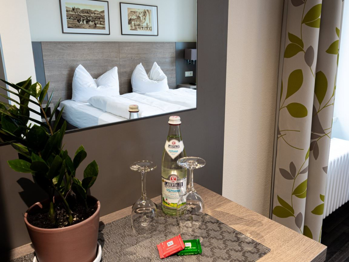 Regensburg: Hotel & Wirtshaus Spitalgarten