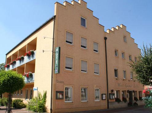 & Gasthof Zur Post, Pension in Bad Abbach