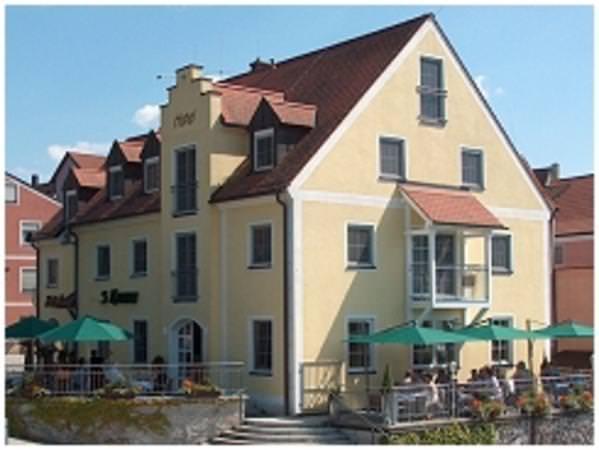 Burglengenfeld: Hotel-Café 3 Kronen