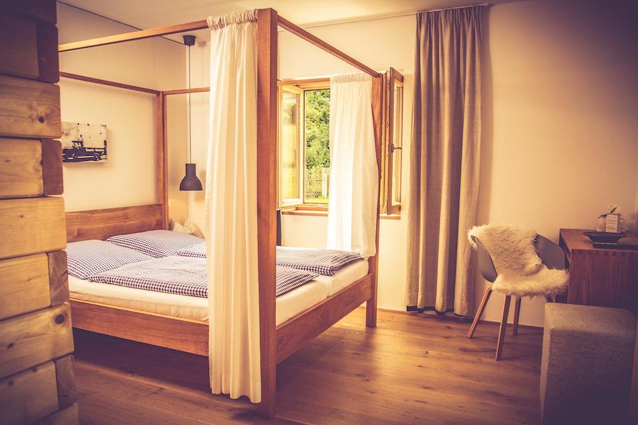 Gästehaus - Das Gasthaus Am Oedenturm, Monteurzimmer in Cham-Chammünster bei Haibach