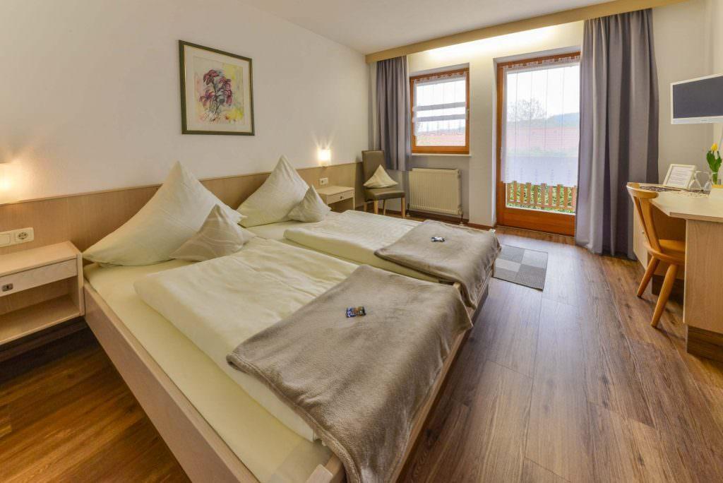 Landhotel Winterl, Hotel in Bernried bei Haibach