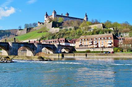 Information Tourismuszentrale Würzburg u. Fränkisches Weinland