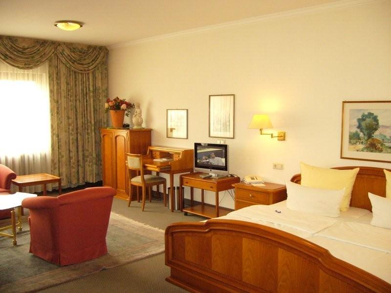 Zellingen: Hotel Gasthof Vogelsang