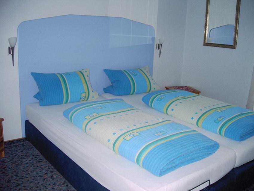 Kitzingen: Hotel Garni Zweng