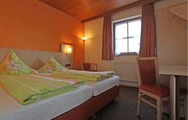 Gästehaus Pension Winzerhof, Monteurzimmer in Sommerach bei Gochsheim