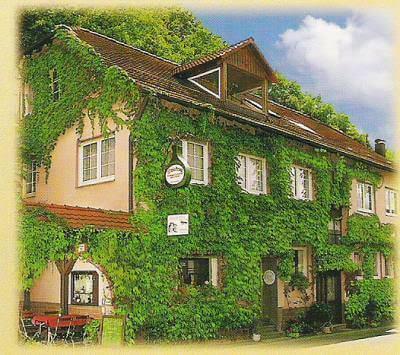 Pension Gasthaus Weinkrug mit FeWo