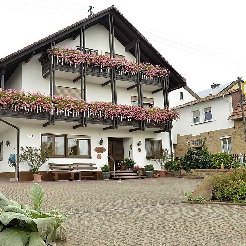 Gästehaus Ehmer - Weinstraßenmitte, Pension in Neustadt an der Weinstraße-Diedesfeld bei Neustadt an der Weinstraße