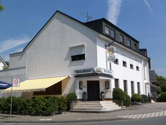 Hotel Haus Schnee, Hotel in Wuppertal-Cronenberg bei Wuppertal