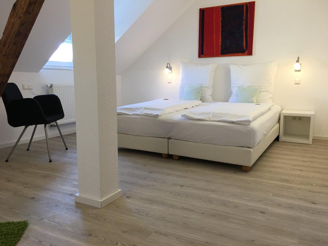 Karlsruhe: Hotel Garni Zum Kaiser Barbarossa
