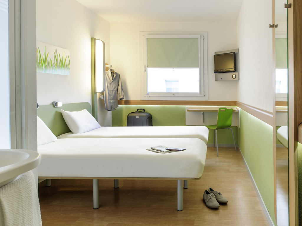 Lenting: Hotel Garni ibis budget Ingolstadt Lenting