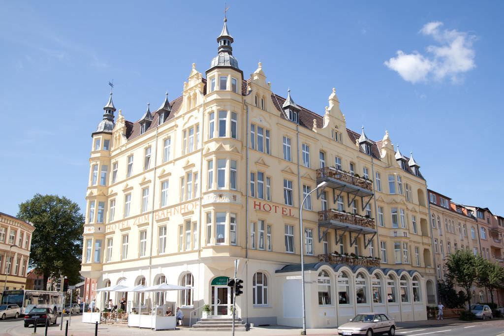 Stralsund-Tribseer: Hotel Stralsund
