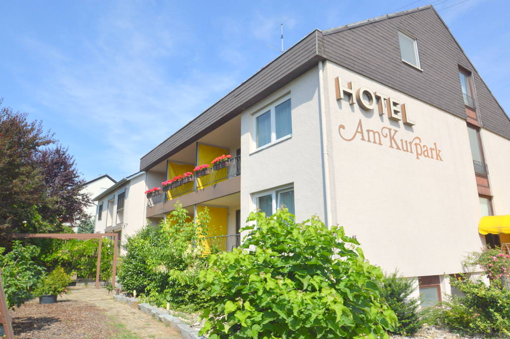 Monteurzimmer bei Hotel Garni Hotel Am Kurpark in Bad Wimpfen