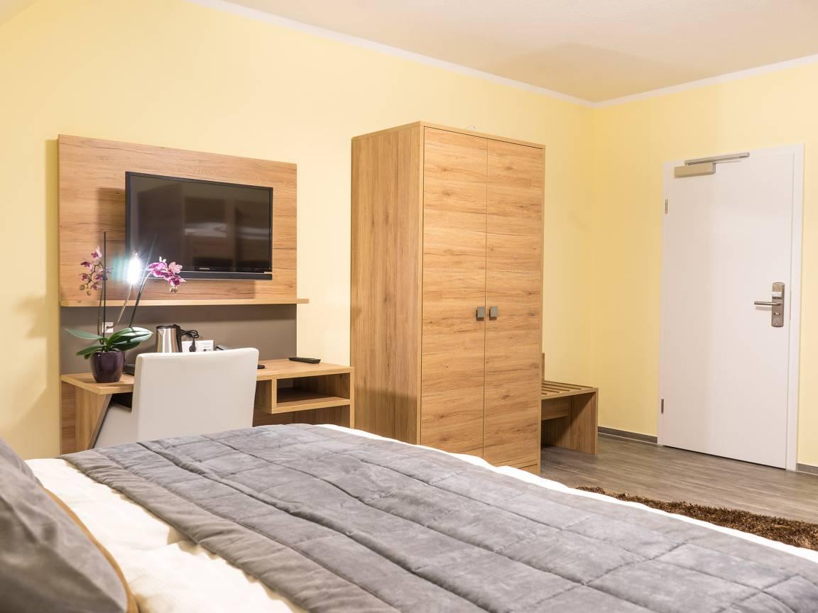 Wiefelstede: Gasthof Hotel Sparta